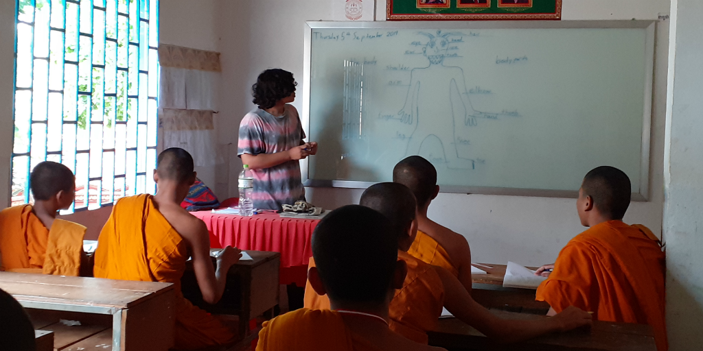 volunteer work ideas for adults in Cambodia.