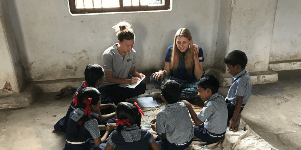 GVI volunteers making a difference teaching children in India.